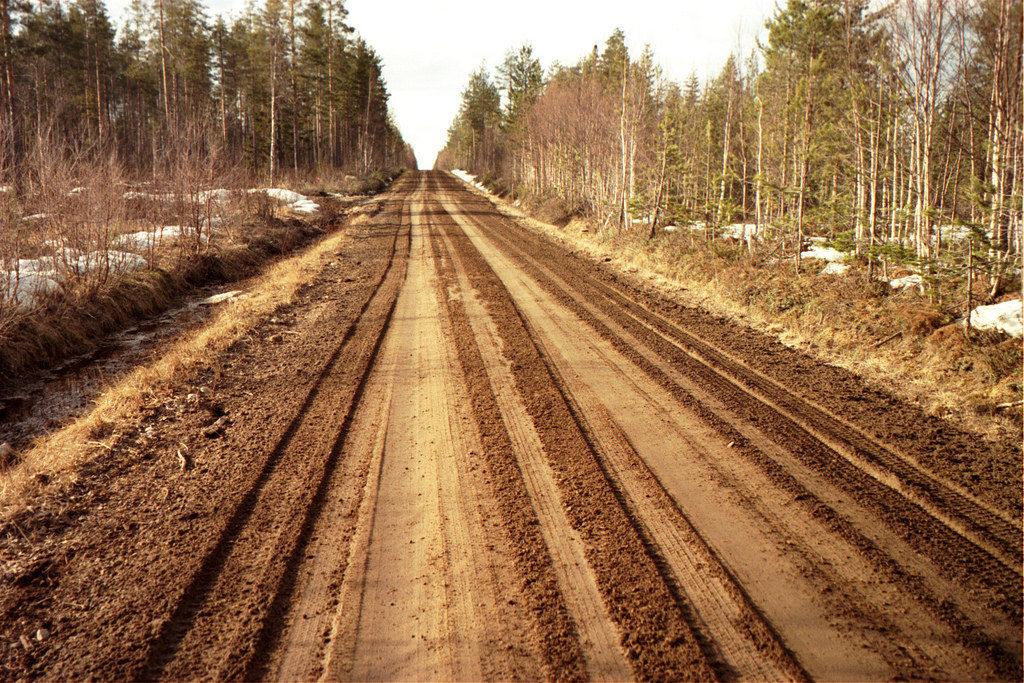 Gravel road sub-grade preparation