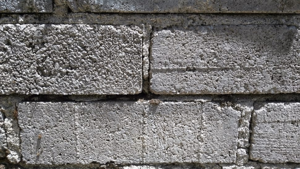 Concrete blocks with mortar joints