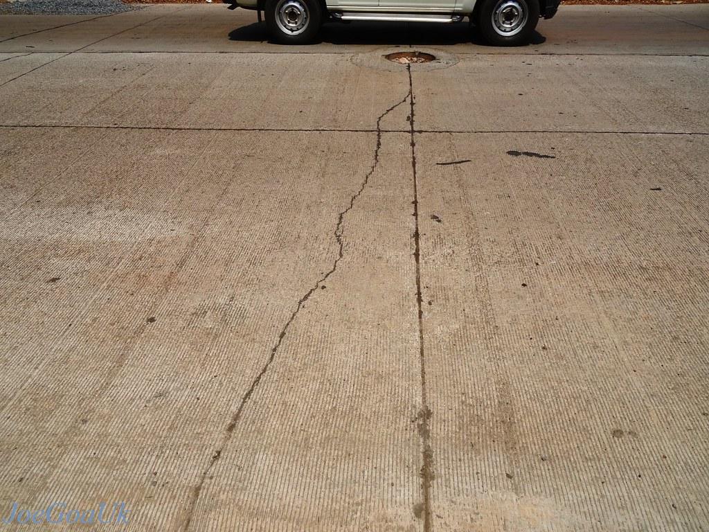 Cracks in Concrete pavement