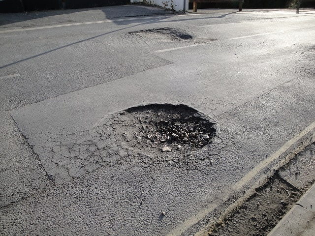 pot hole formation the road surface